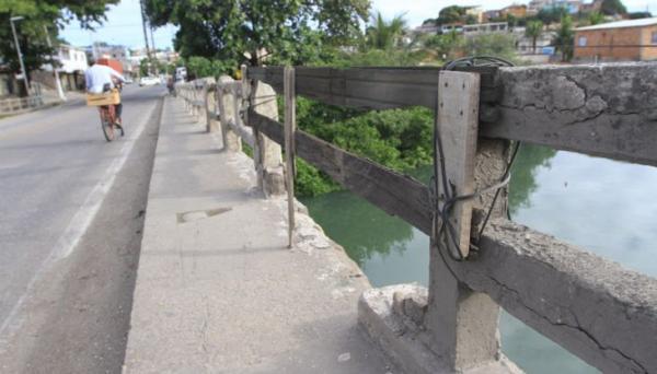 Ministério Público quer interdição imediata da ponte sobre o Rio Aribiri, em Vila Velha