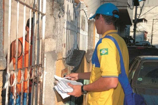 Empresa de Correios reduzem número de funcionários por causa da pandemia de coronavirus no Brasil