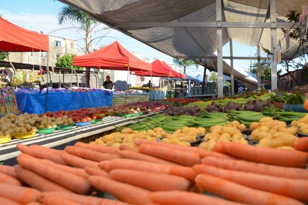 Prefeitura de Vitória veta barracas de comida em feiras livres