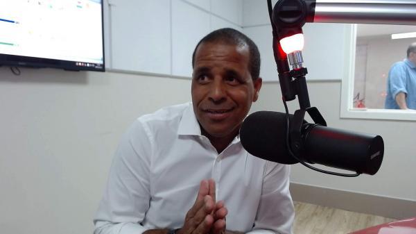 Prefeito de Cariacica pede que legendas abram mão do Fundo Partidário