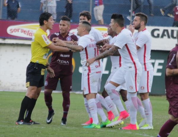 Bragantino x Altos: CBF escala árbitro gaúcho para jogo da 2ª fase em São Paulo