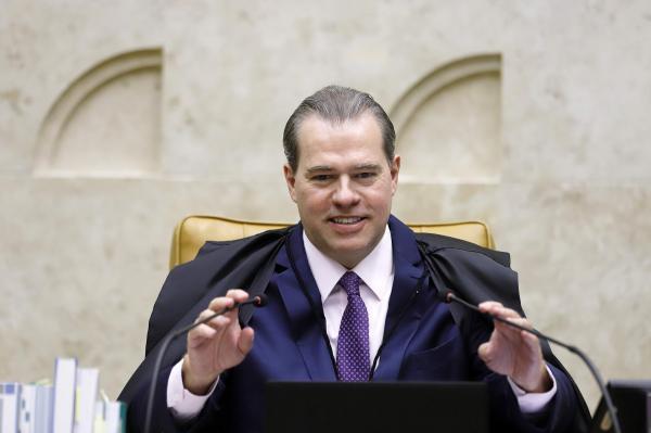 STF decide que Estados têm autonomia para regulamentar isolamento