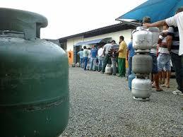 Preço do gás de cozinha vira caso de polícia