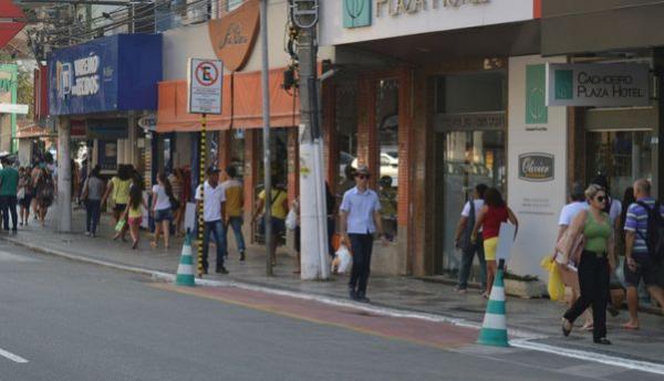 Cachoeiro libera lojas abertas, mas obriga uso de máscaras nas ruas