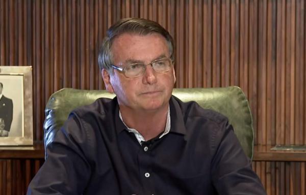 Bolsonaro afirma que pente-fino no auxílio emergencial deve levar 10 dias