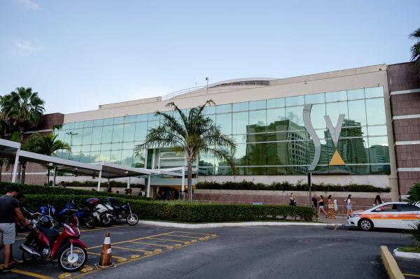 Shoppings da Grande Vitória vão abrir praças de alimentação aos sábados a partir de agora