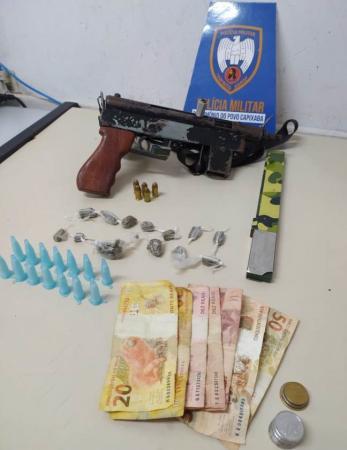 6º Batalhão apreende metralhadora em bairro do município de Serra