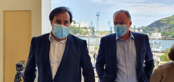 Maia vem ao ES e discute pandemia, Fundeb e Royalties com Casagrande