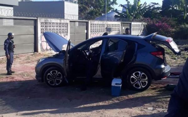 Homem é detido ao ser flagrado em carro com placa clonada durante blitz na Serra