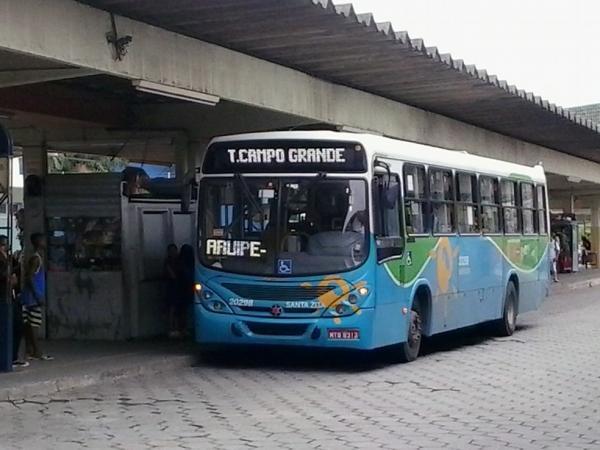 Governo do ES avalia suspensão de ônibus por mais uma semana